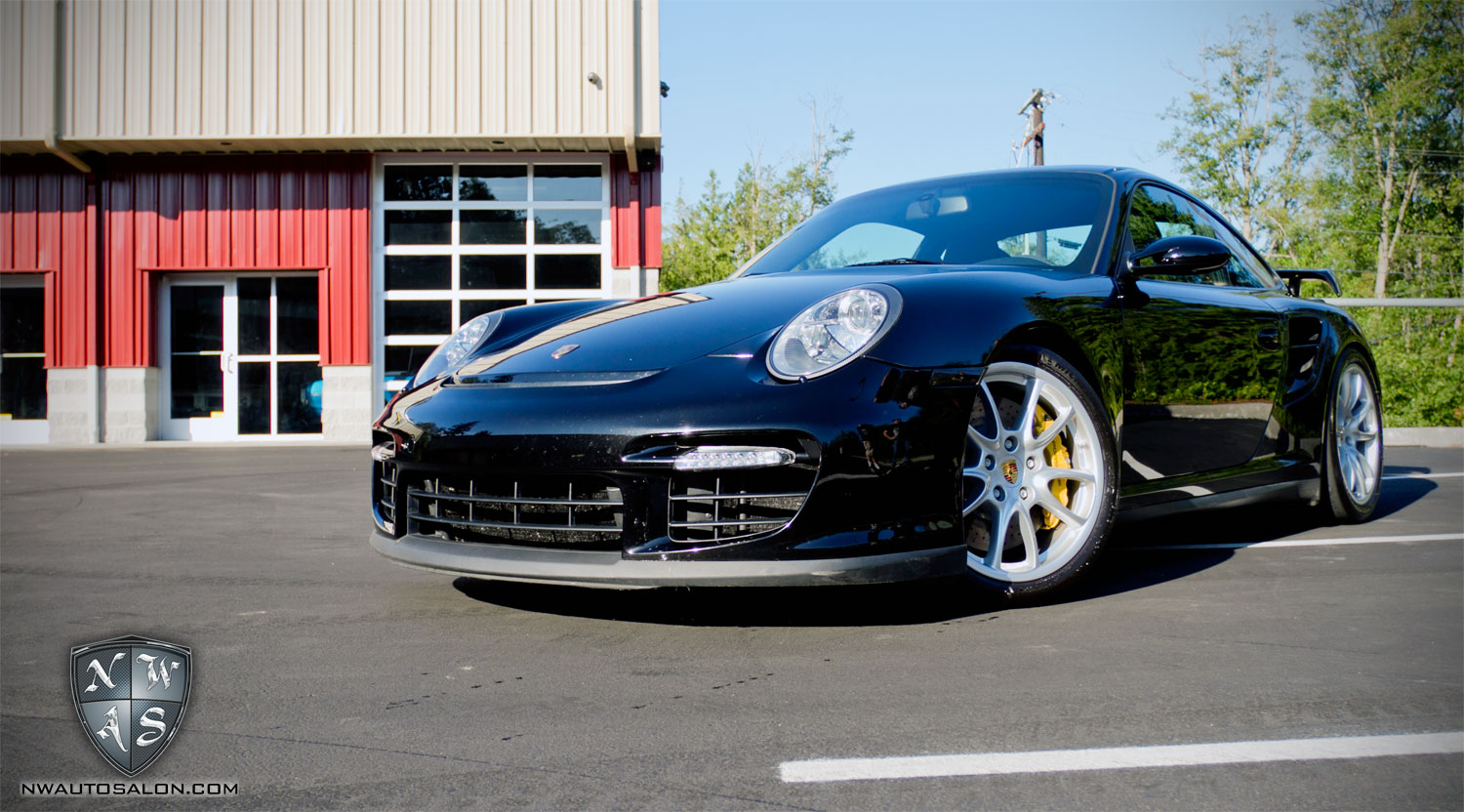 Porsche 997 Gt2 Enthusiast Detail Vaccuuming And Wipe