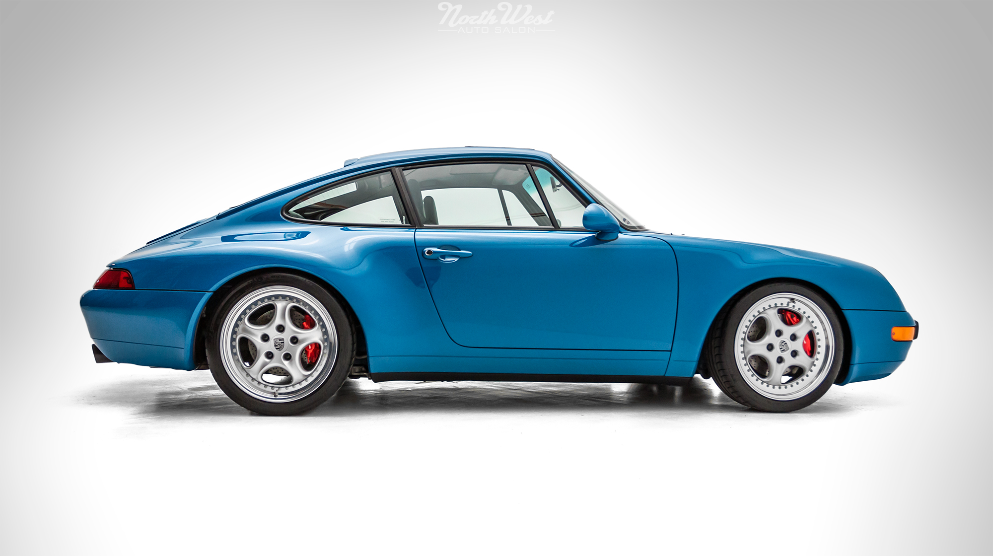 rare blue turquoise 993 recieves fanatic detail at nwas northwest auto salon. Black Bedroom Furniture Sets. Home Design Ideas
